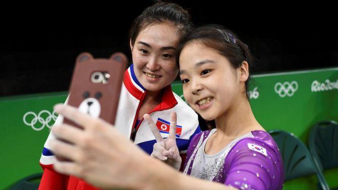 North-South-Korea-Selfie